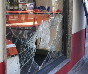 хулиганство, advokat v Plovdiv i Sofia