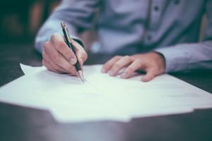 Защита от ЧСИ - адвокат. Адвокатска помощ при запор