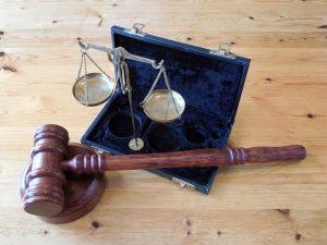 адвокат за дела срещу монополисти