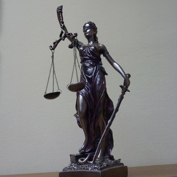 Адвокатски кантори в Пловдив и София