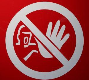 Може ли работодател да забрани на служителите си да говорят с медии? адвокат в Пловдив